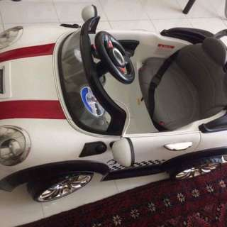 Toy car white colour. 90% conditions