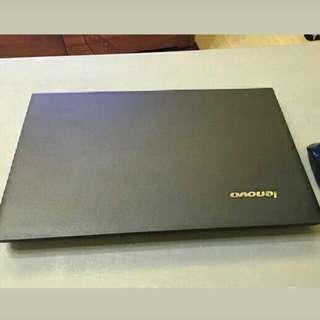 九成九新 Lenovo B590 Laptop