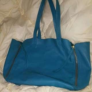 Hinoshima 湖手藍皮袋