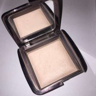 LIGHTLY USED HOURGLASS DIM LIGHT AMBIENT LIGHTING POWDER