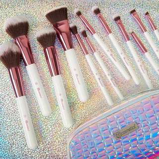 INSTOCK SALE! Crystal Quartz 12 Piece Brush Set by Bh Cosmetics