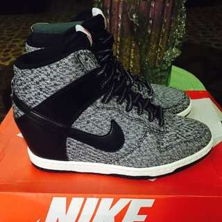 Nike wedge
