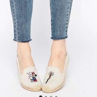 🚚 Soludos 草編鞋