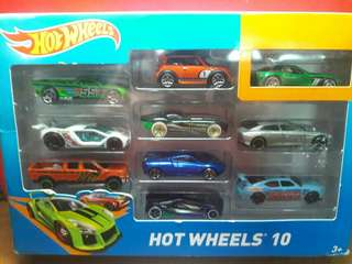Hotwheels 10 by Mattel