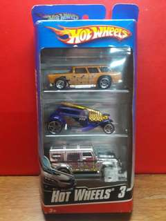 Hotwheels 3 by Mattel