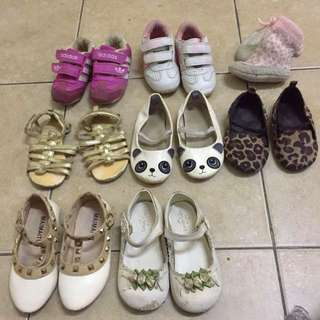 Pre walked / girls shoes