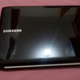 Samsung netbook RV510 ,15.6 inchs led display