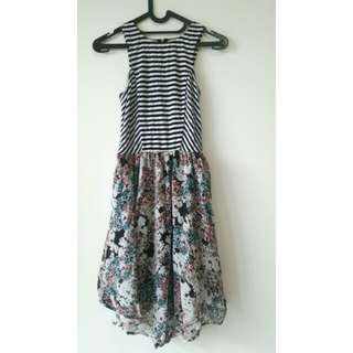 Casual dress motif bunga dan garis putih hitam