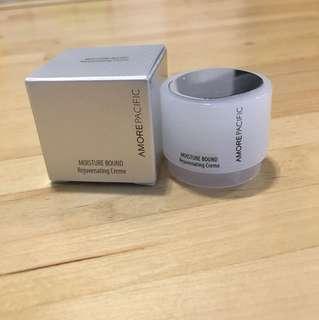 AMOREPACIFIC moisture bound rejuvenating creme