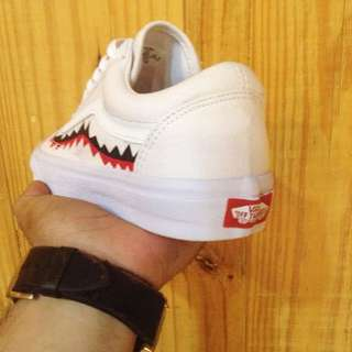 vans mouth shark white authen
