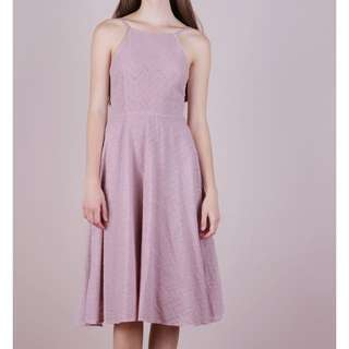 THE TINSEL RACK GIN EYELET MIDI DRESS (MAUVE PINK)