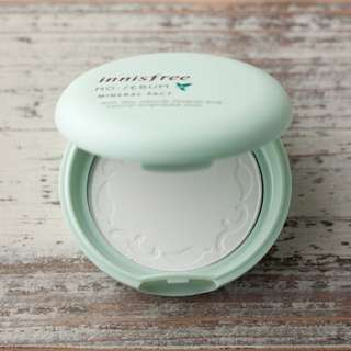 [NEGOTIABLE FOR FAST DEAL]Innisfree No Sebum Mineral Powder Pact