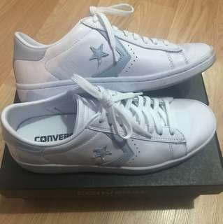 Converse Breakpoint Leather Low Top White/Light Blue - Womens Size 7