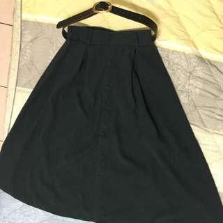 🚚 仿麂皮復古墨綠色長圓裙 付皮帶