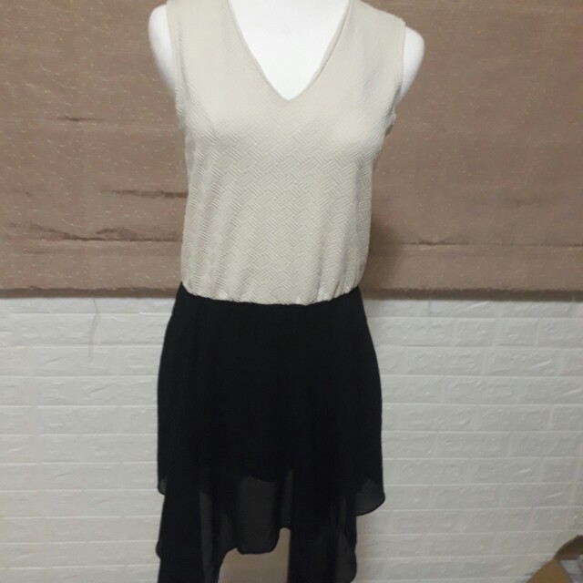 黑白拼接洋裝