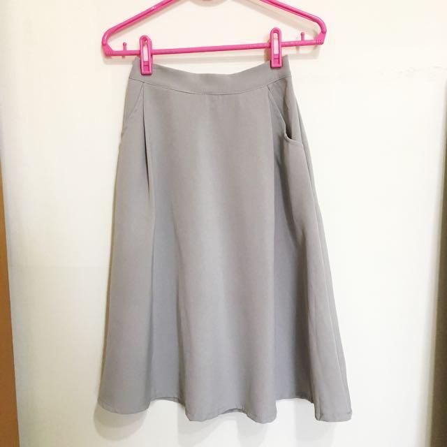 百搭裙款👉🏻婚禮典雅出遊休閒都可以👍🏻#冬季衣櫃出清