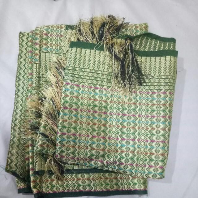 Bahan songket lombok