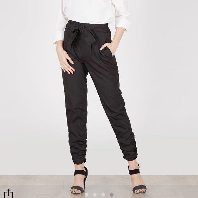 Berrybenka Black Pants
