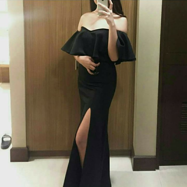 Black gown (Customize dress)
