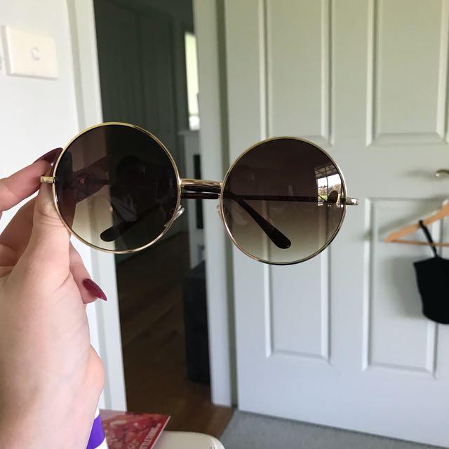 brown sunnies