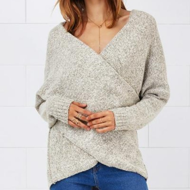 Cupshe Cross Plunging Sweater Small