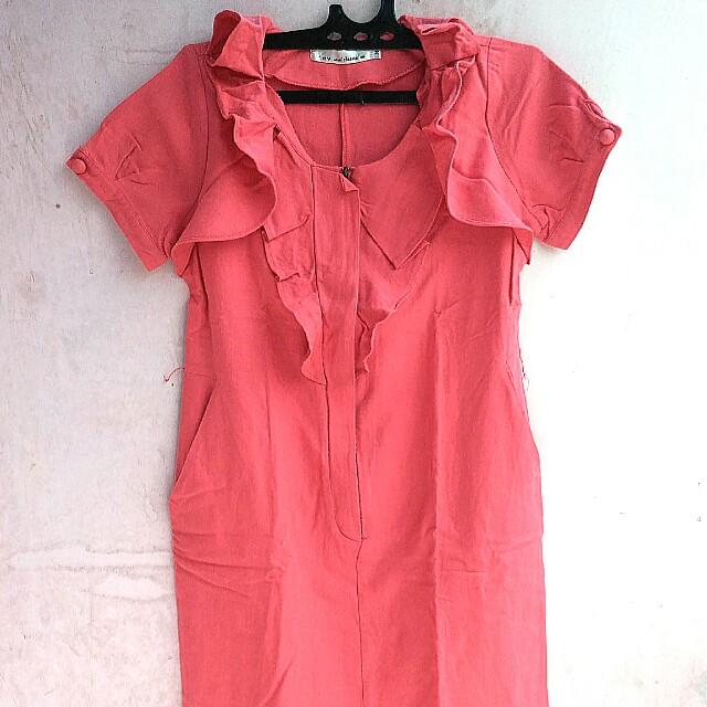 Dress Ruffle Merah