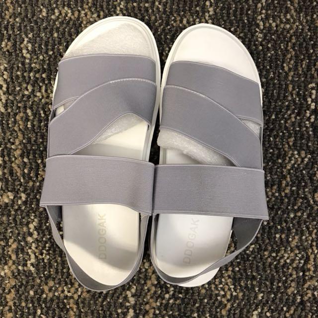 Elastic Sandal size 39 Grey