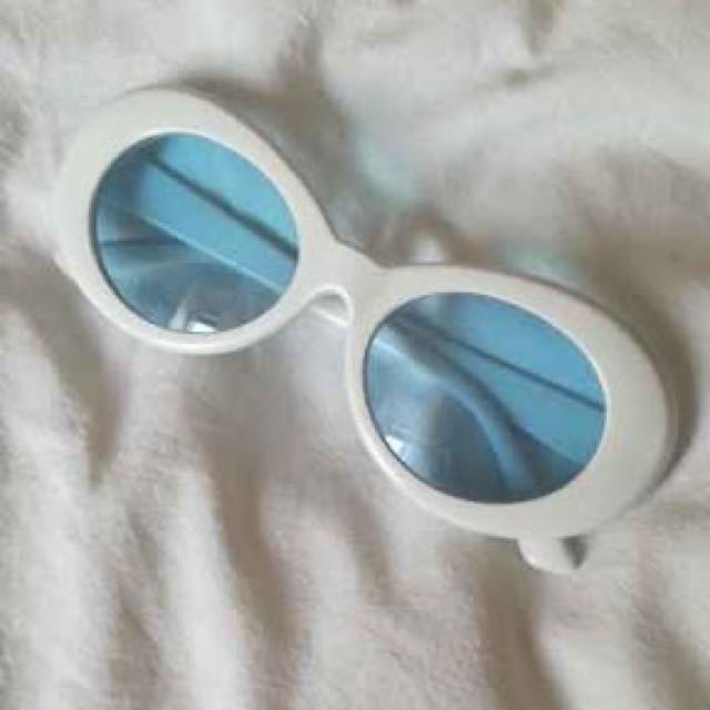 Exclusive clout goggles