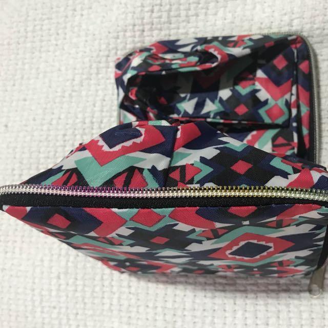 Foldable shoulder bag water resistant tribal design