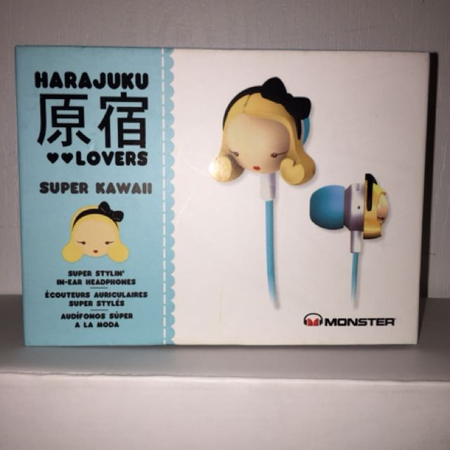 Harajuku Lovers earphones