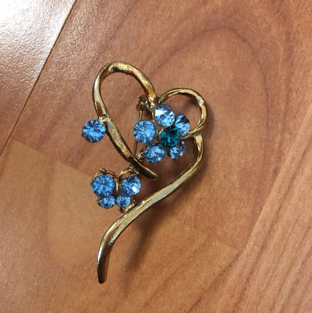 Heart and Flower pin