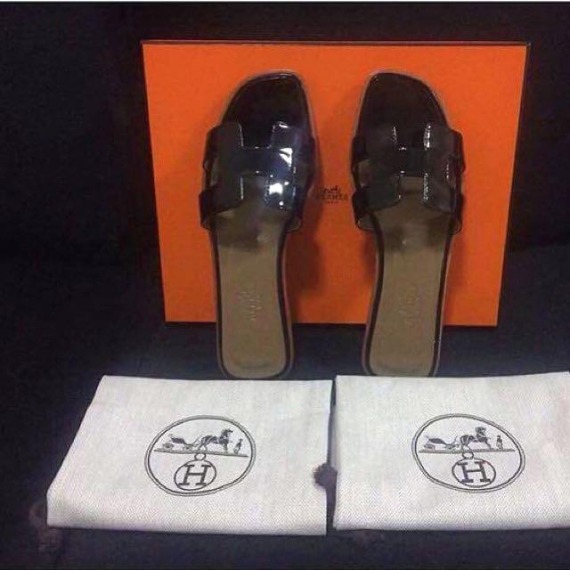 Hermes oran flat sandals 💯Authentic