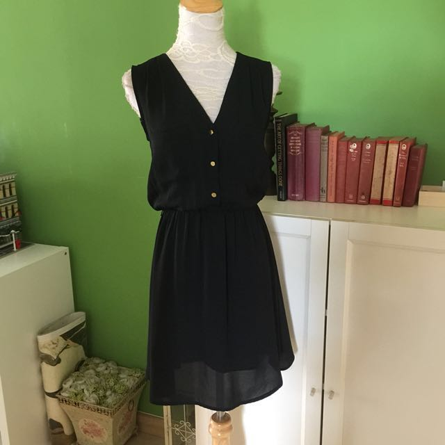 H&M Black Relaxed Dress