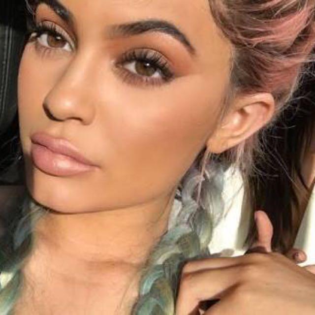 Kylie Cosmetics HEIR Liquid Lipstick