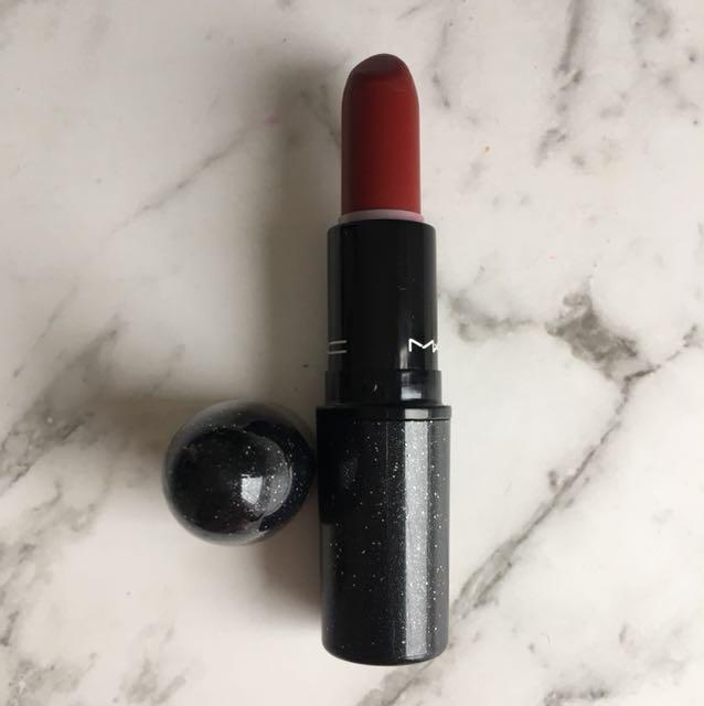 Mac Limited Edition Lipstick - Salon Rouge