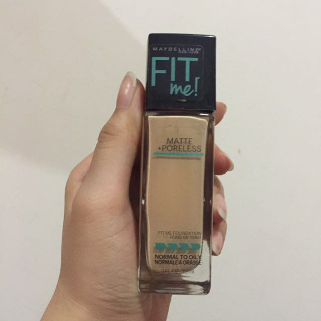 MAYBELINE FIT ME! MATTE + PORELESS FOUNDATION