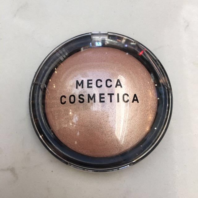 MECCA COSMETICA HIGHLIGHTER LIT FROM WITHIN
