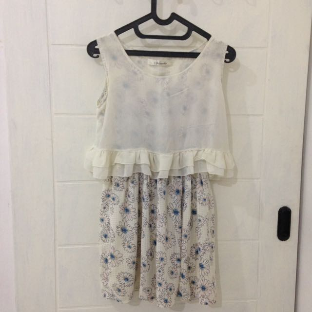 MINEOLA WHITE FLORAL DRESS