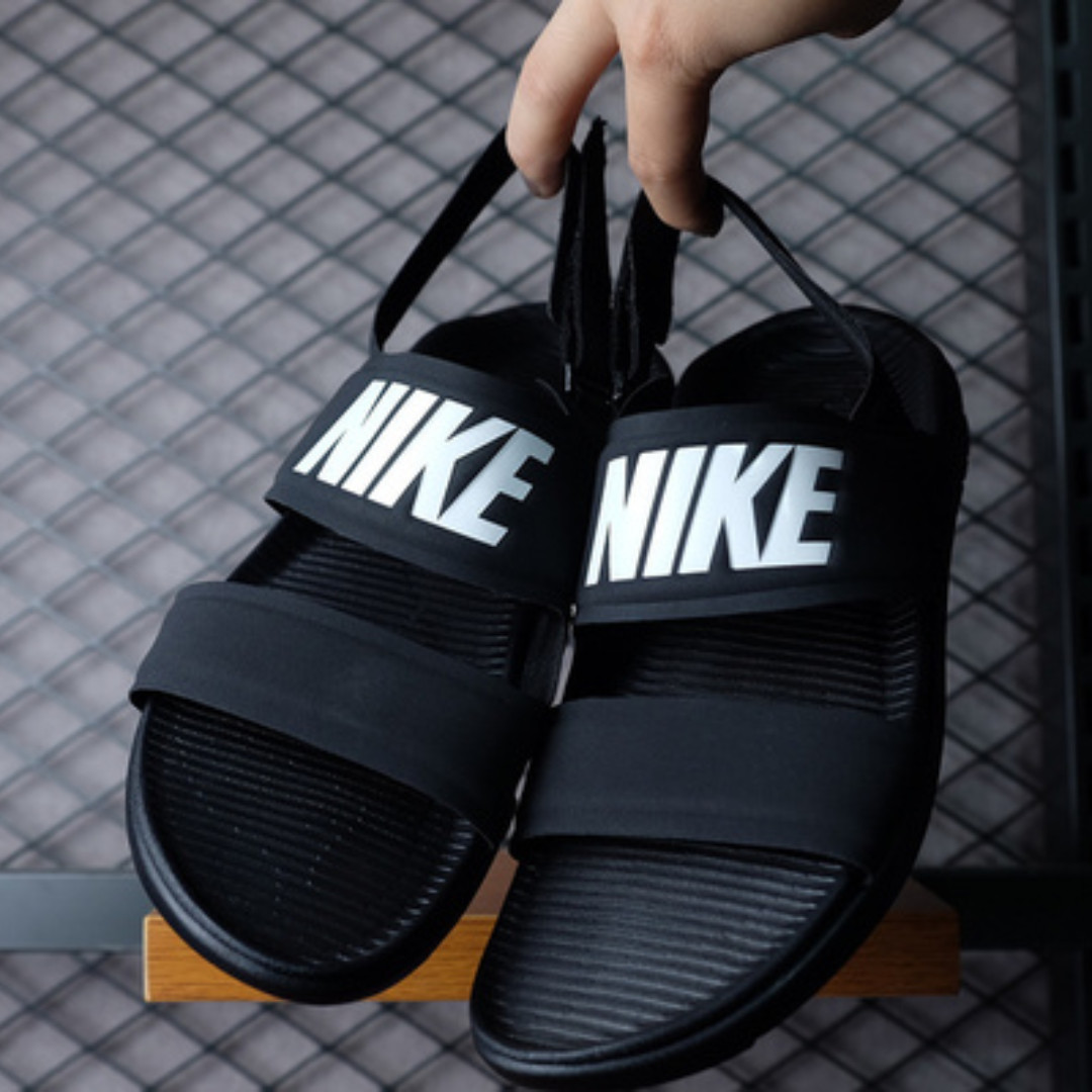 Of 2018nike Sales NewpoPromotion Sandals On Now Month Jan VMSqUzpG