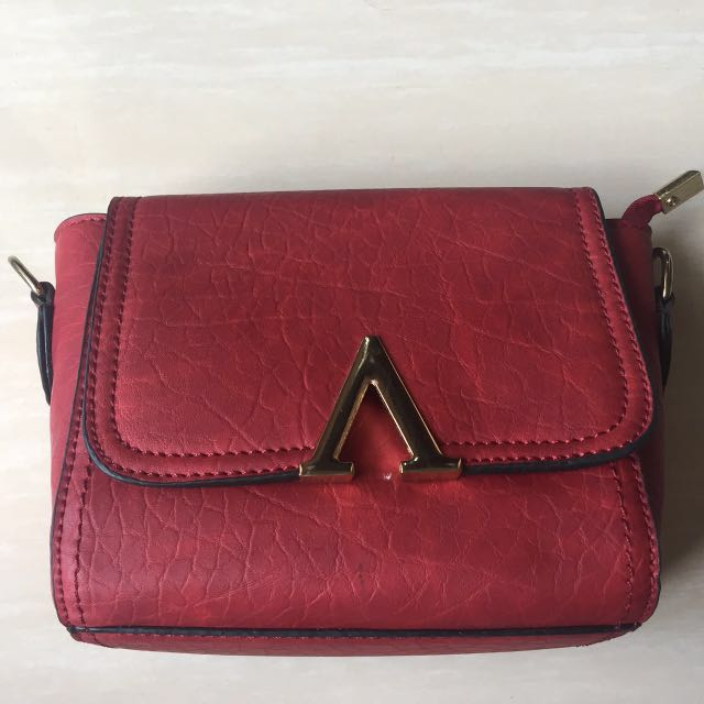 [New] Sling Bag Red Maroon