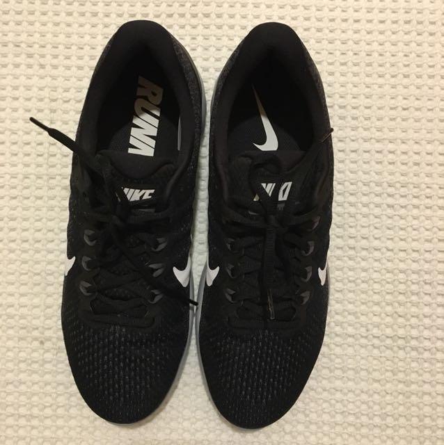 f02b75e3651b Nike Lunarglide 9 brand new