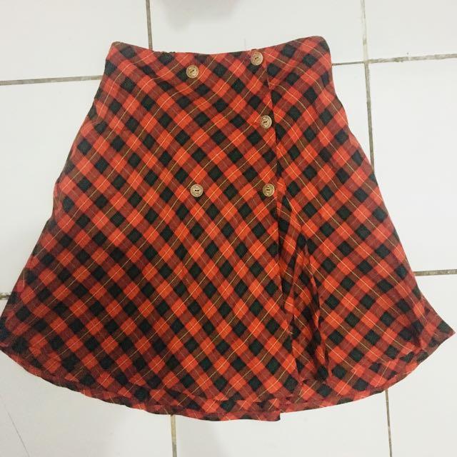 Red tartan skirt 80's