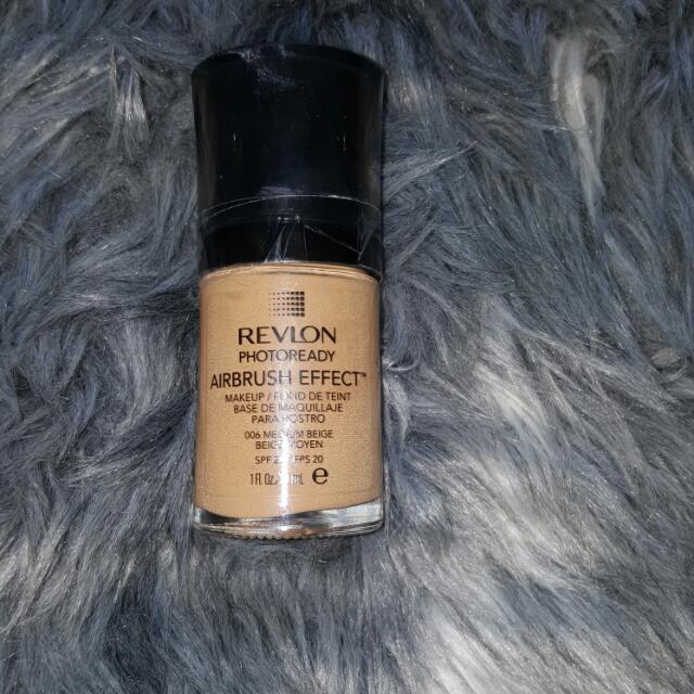 REVLON Airbrush Effect 006MEDIUM BEIGE