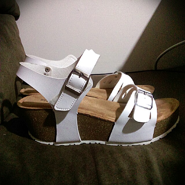 RinRin 舒適厚底涼鞋 白色 24號
