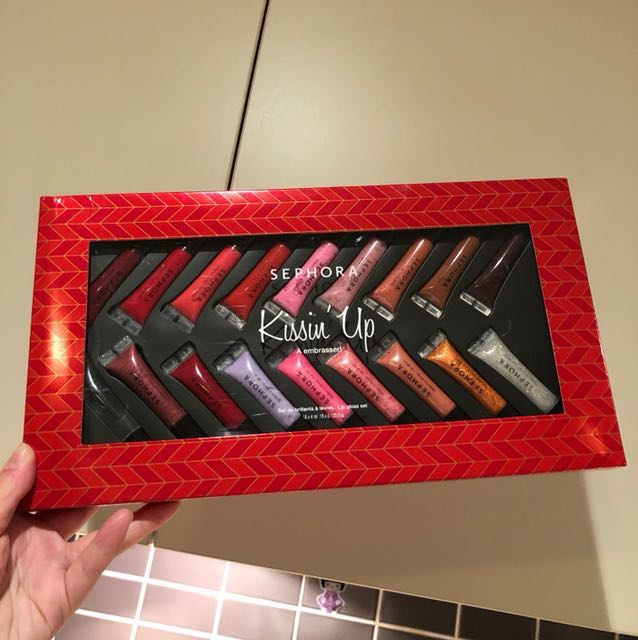 sephora kissin'up lip gloss set(18 pcs)