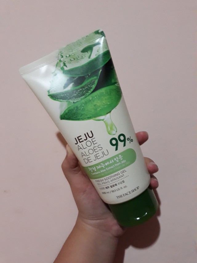 The Face Shop Jeju Aloe Vera Soothing Gel