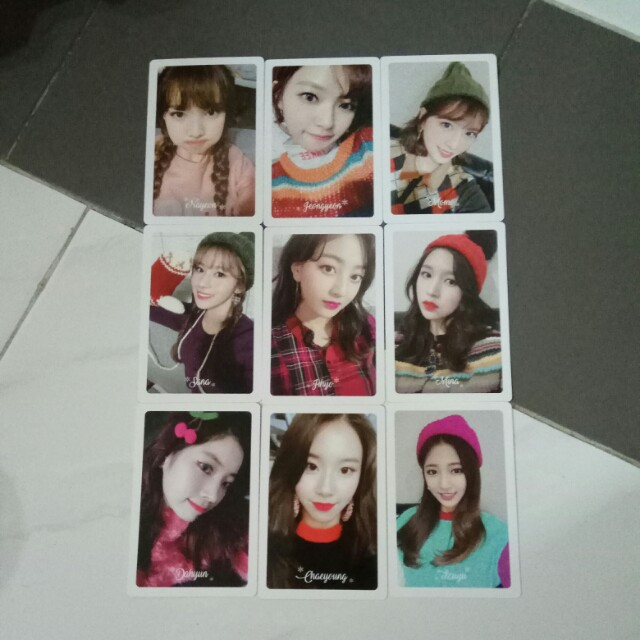 Twice Official Merry & Happy Preorder Photocard Set