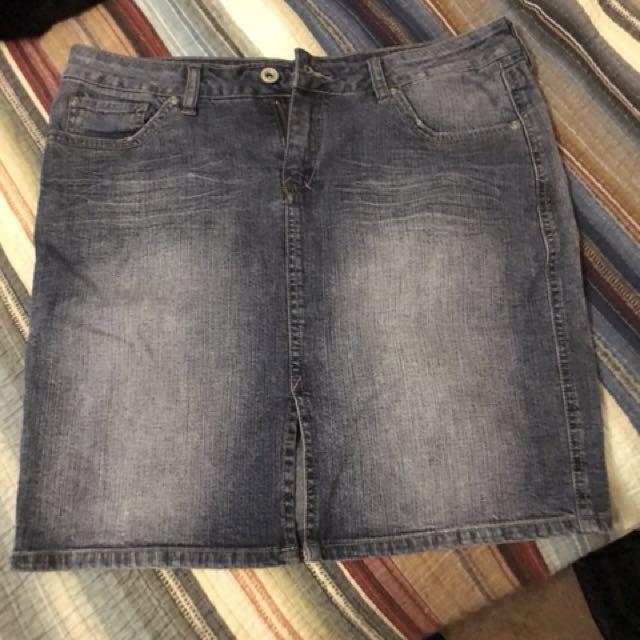 Vintage 80's style jean skirt sz Large