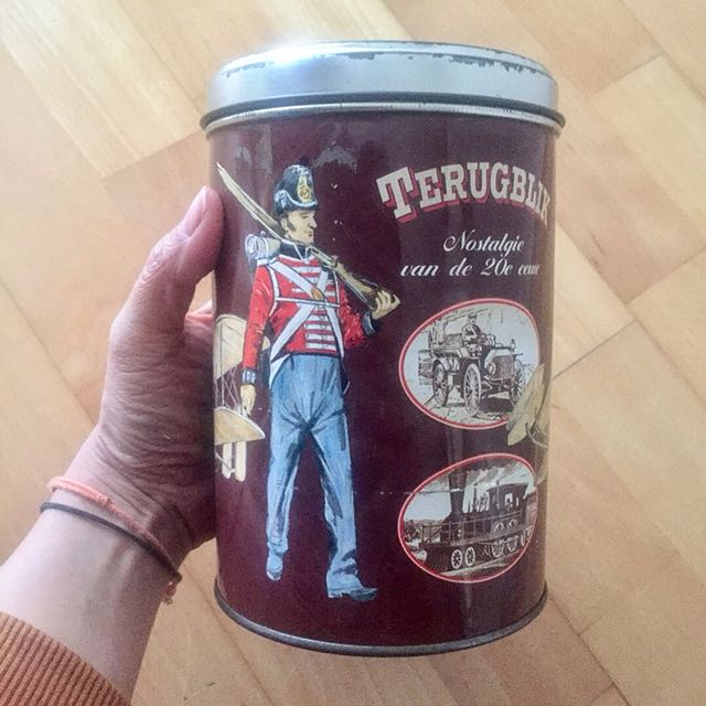 Vintage Soldier Tin Can ❤️