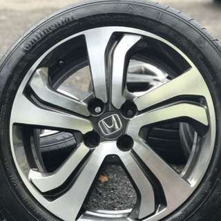 Honda city full specs v 16 inch tyre 70%